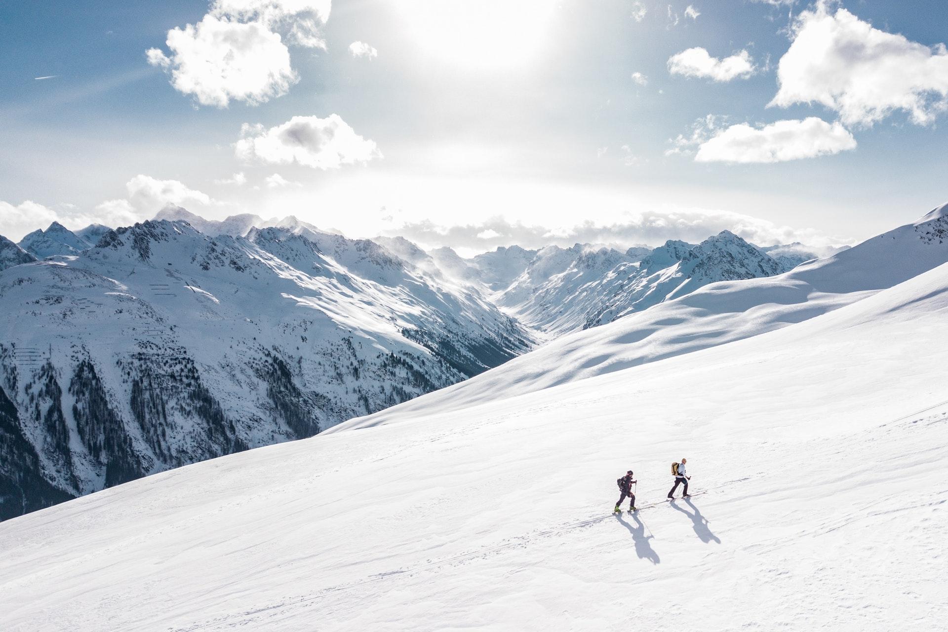 nauka-jazdy-na-nartach-polska-czy-alpy